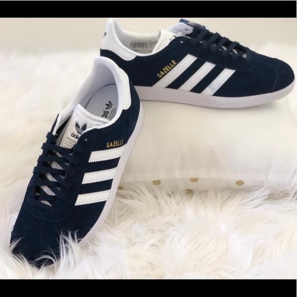 95b3a4d27912 Women s Adidas Gazelle shoes dark blue NWT